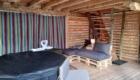 terrasse-couverte-et-spa-privatif-cabane-marmotte